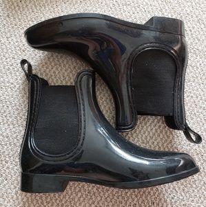 Black Rain Booties